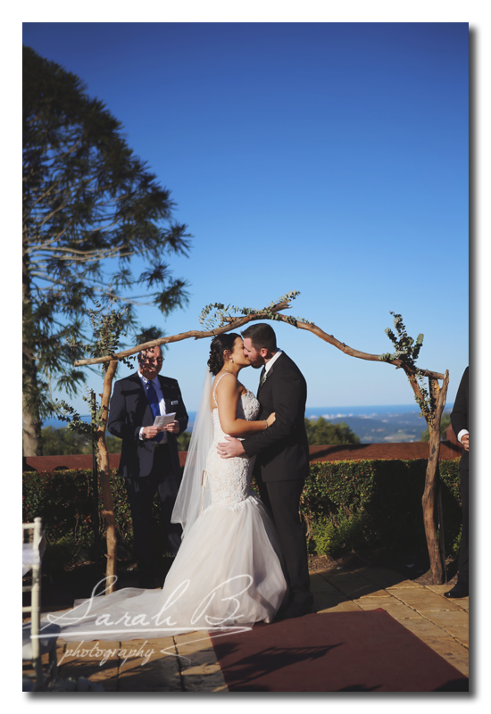 I Had A Ball At One Tree Hill And The Flaxton Gardens Venue Check Out Brides Sneak Ks Sarah B Photography Now Ventureing Into Brisbane Wedding