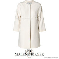 Crown Princess Victoria Style BY MALENE BİRGER Coat and MAYLA Blouse  and ADİDAS Stan Smith Sneakers