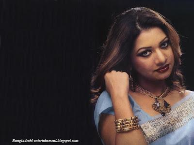 Bangladeshi femile singer  Akhi alomgir