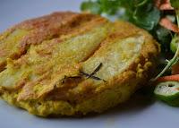 """Tortilla Espanhola - """"Omelete"""" com Batata Assada (vegana)"""