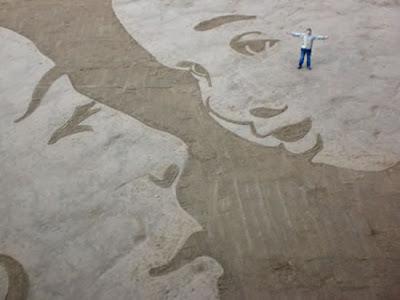 صور للرسم على الرمال الرسم