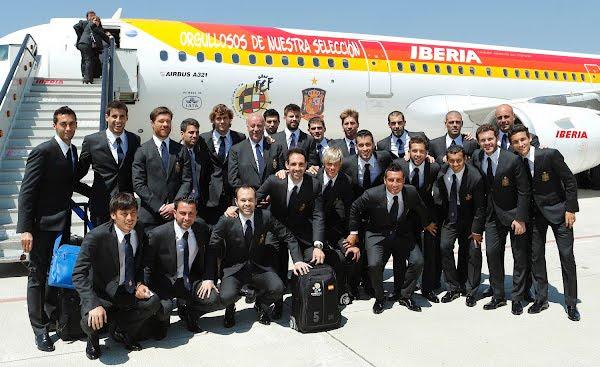 selección española trajes jugadores Eurocopa 2012