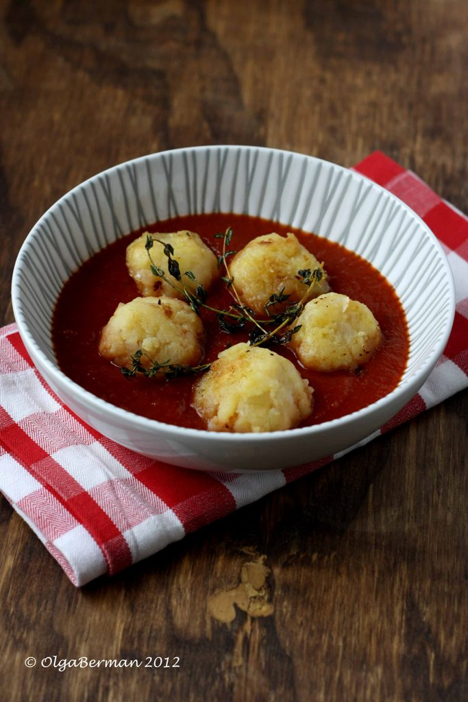 how to make tomato sauce not sour