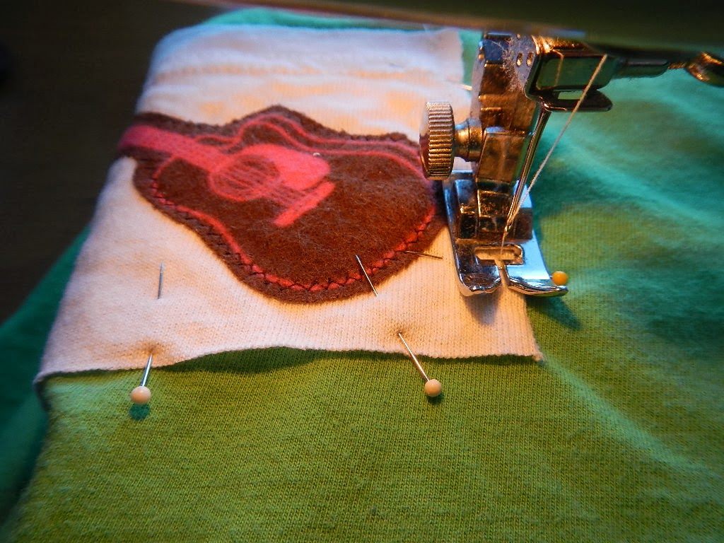 how to sew on an applique on upcycled baby toddler tshirt pants