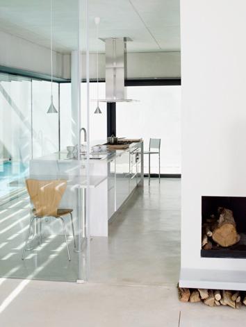 Casa de dise o minimalista y concepto abierto design - Pared cristal cocina ...