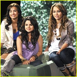Miley Cyrus Selena Gomez Demi Lovato