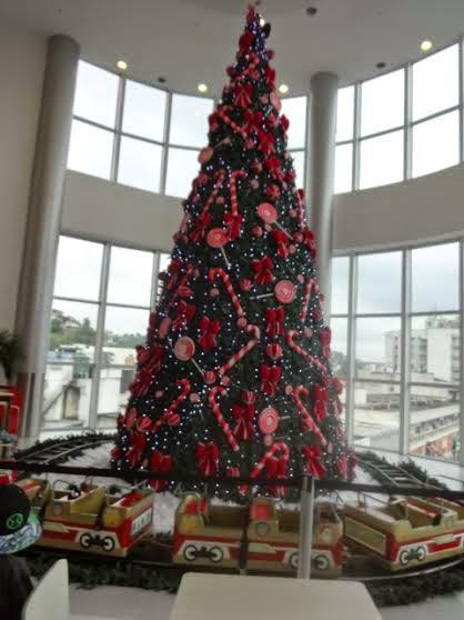 Pátio Alcântara inaugura a decoração 'Doçuras de Natal'