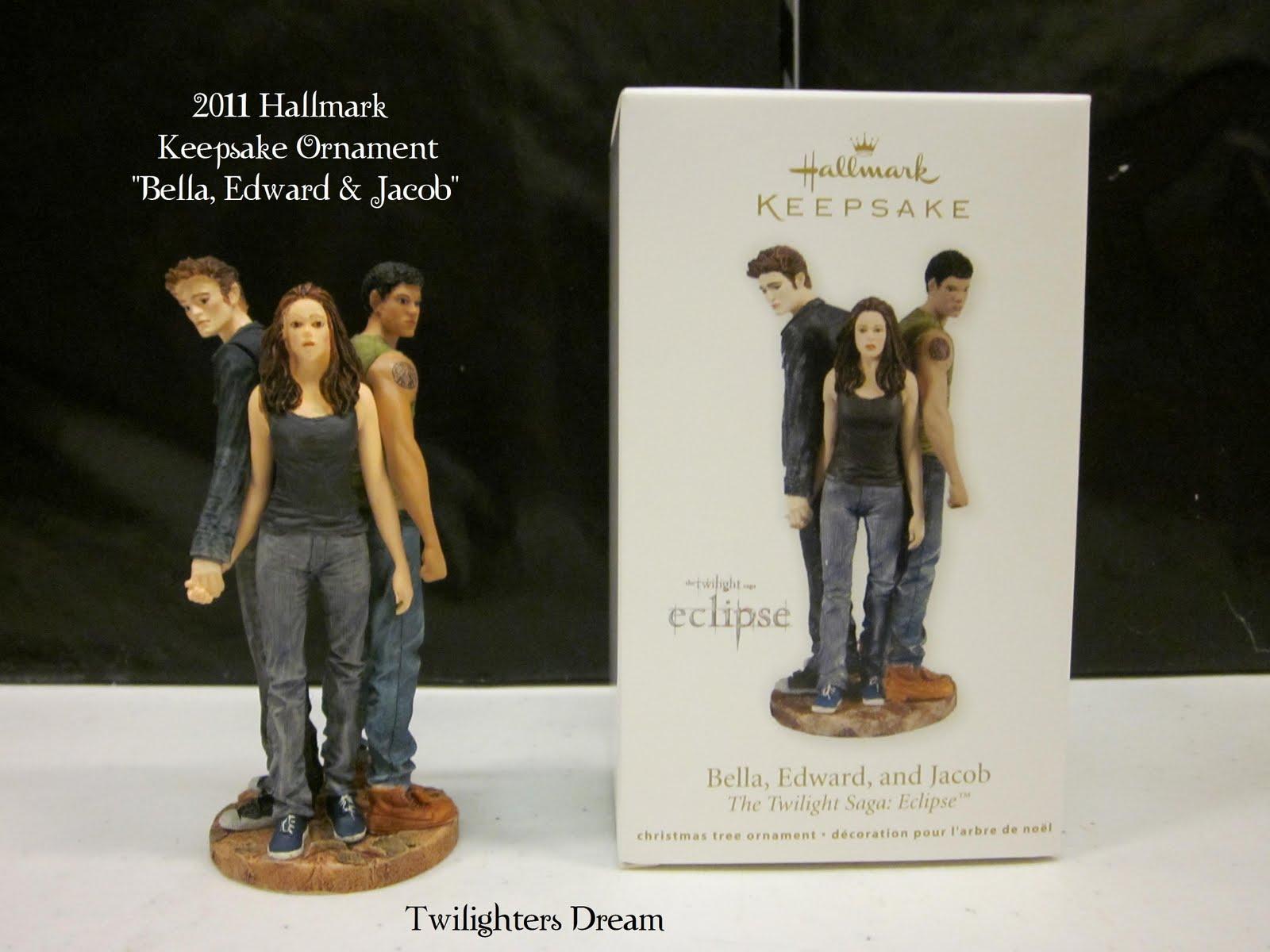 2011 Hallmark Keepsake Ornament Edward Bella Jacob Twilight