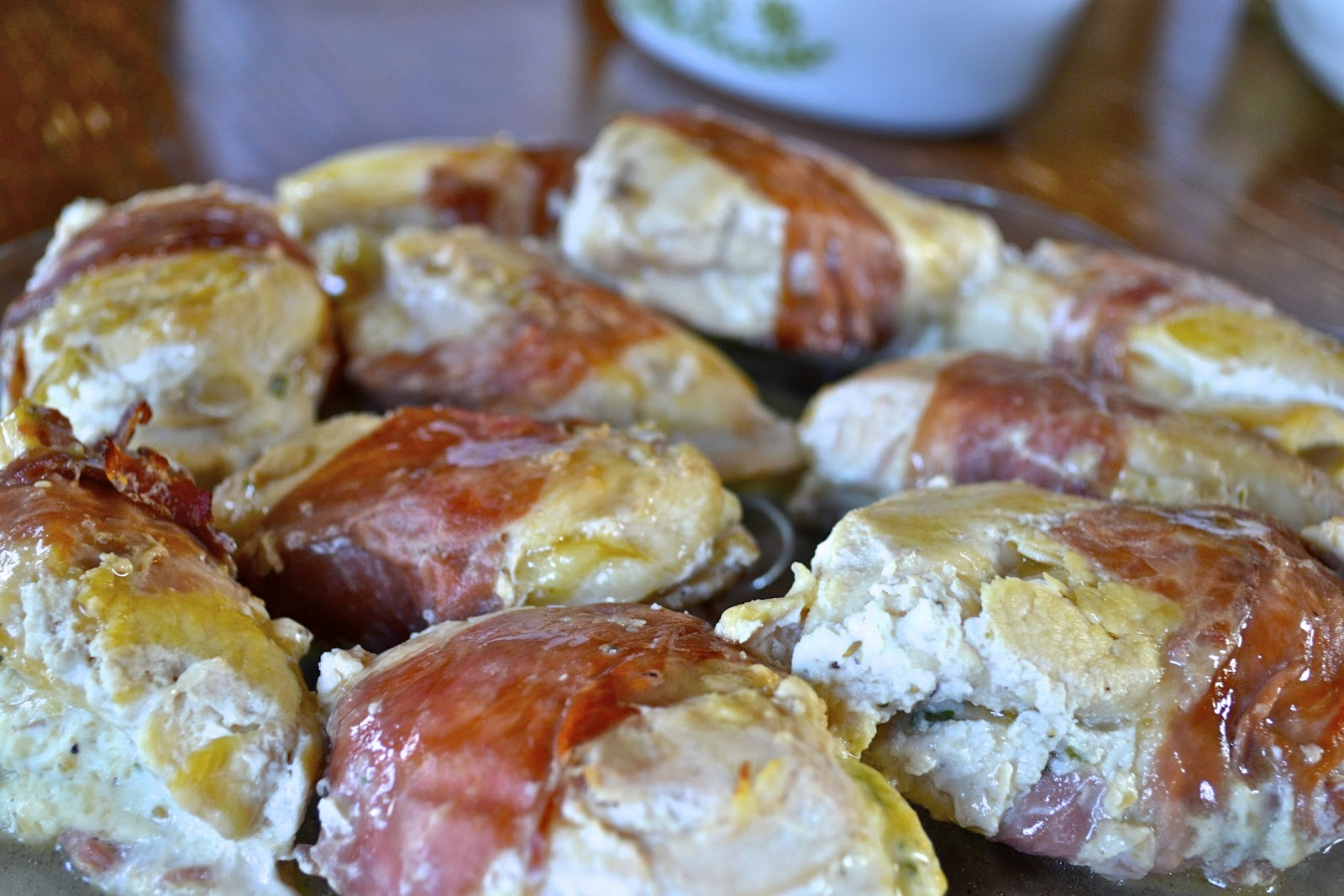"""... Point-less"""" Meals: Herb- Ricotta Stuffed Chicken Wrapped in Prosciutto"""