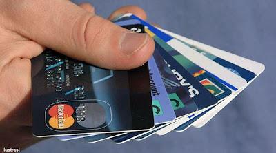 Tips Pintar Pakai Kartu Kredit Selama Liburan