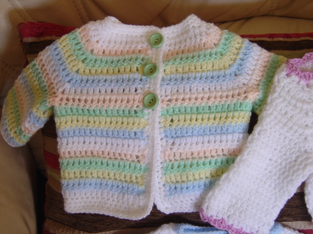 Crocheting Items : Enthusiastic crochetoholic: Some of My Baby Crochet Items