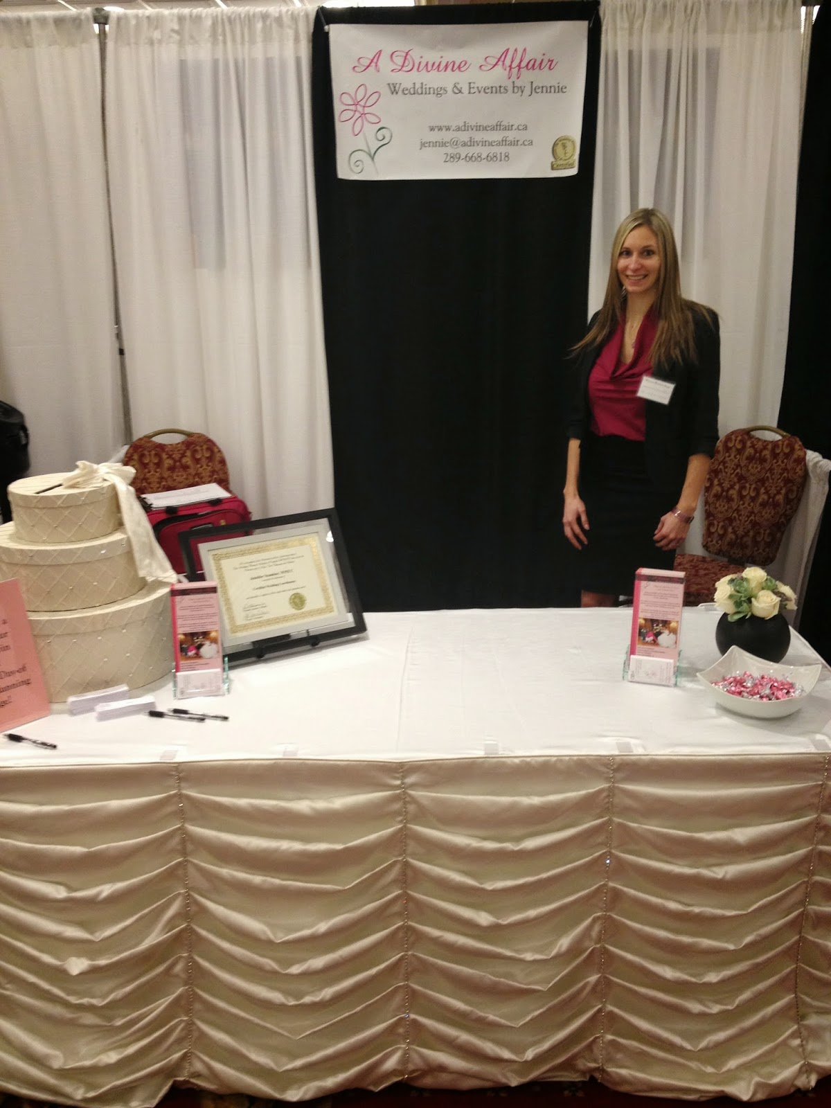 a-divine-affair-bridal-wedding-show-niagara-planner
