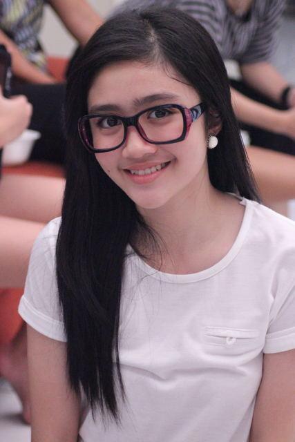 Biodata Dan Profil Febby Rastanty Cewek Cantik Ini Merupakan Salah Satu Personil Dari Girlbank Blink Febby Rastanty Mempunyai Nama Asli Febriani Rastanty