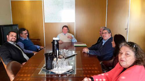 Volta dos barcos de turismo náutico ao cais do Porto de Porto Alegre