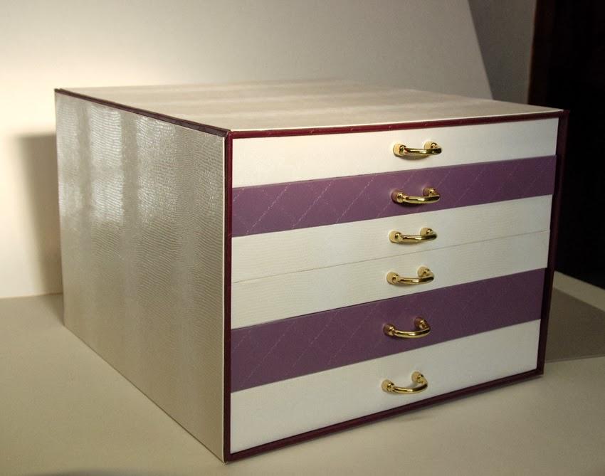 r alisations manuelles de v ro cartonnage pour rangement. Black Bedroom Furniture Sets. Home Design Ideas