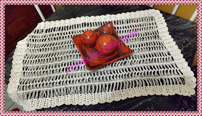 Forro de mesa em crochê de grampo
