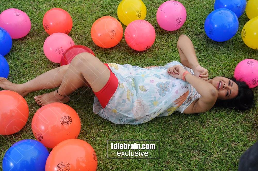 Swetha Basu balloons