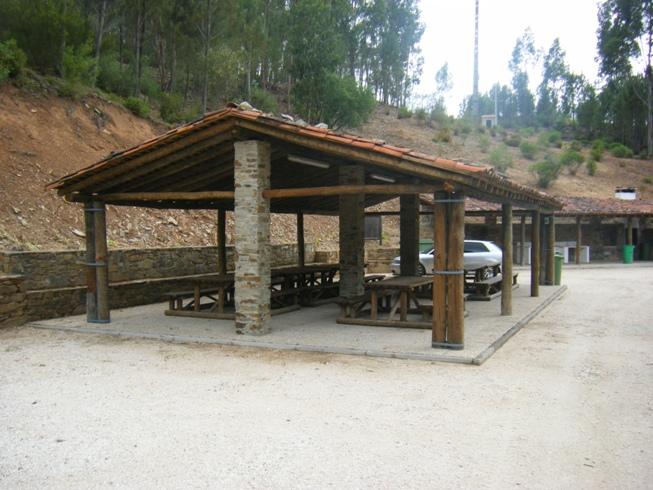 Local de Merendas Coberto