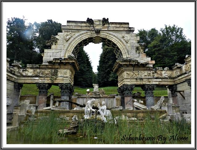 ruinele-romane-gradini-palat-schonbrunn-Viena-Austria