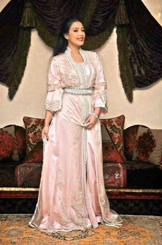 Caftan rose 2015 moderne catalogue en ligne caftan for Kleinfeld mariage robes vente