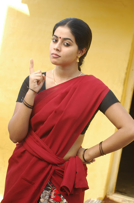 poorna in half saree latest photos