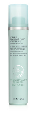 liz earle naturally active skin repair light moisturiser