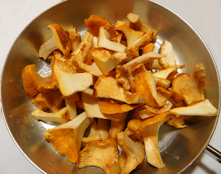 Chanterelles in Saute Pan
