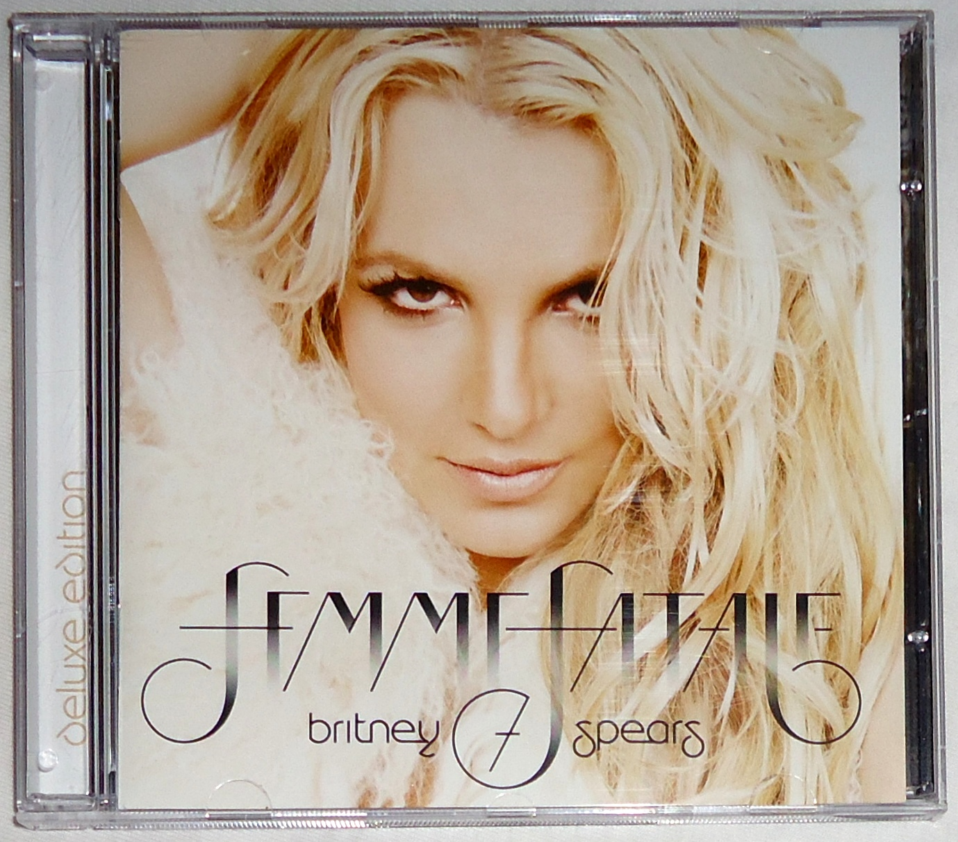My Collection: Britney Spears » Femme Fatale (Deluxe ...