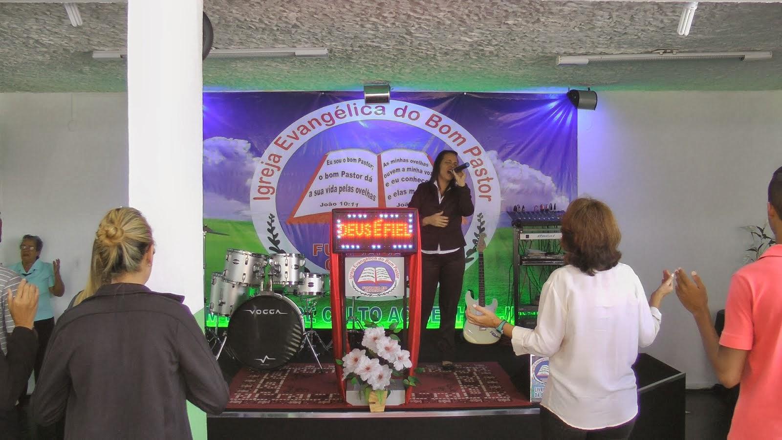 Nossa amada Igreja!