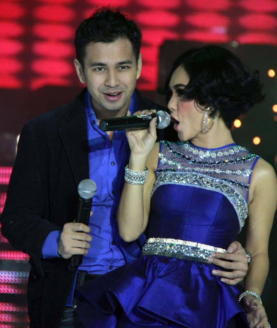 foto foto mesra yuni shara dan raffi ahmad celebs hot