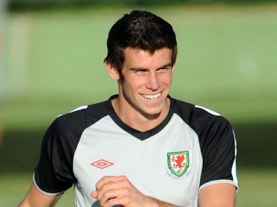 Gareth Bale - Wales National Team (2)