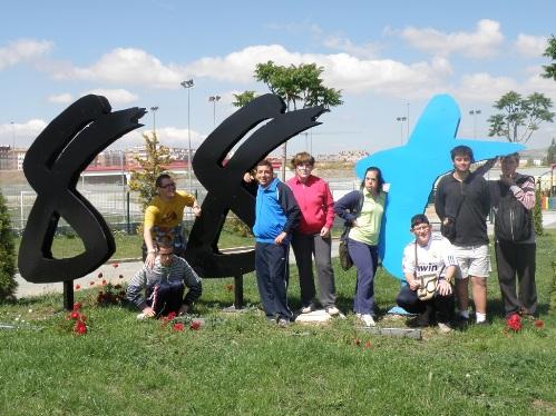 Deportes vila polideportivo alumnos de la asociaci n for Gimnasio 88 torreones avila