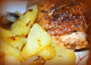 Pollo asado con limón, orégano y ajo