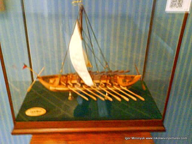 """Модель казацкого корабля """"Чайка"""" (XVI век)"""