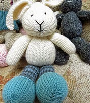 http://www.ravelry.com/patterns/library/sunny-bunny