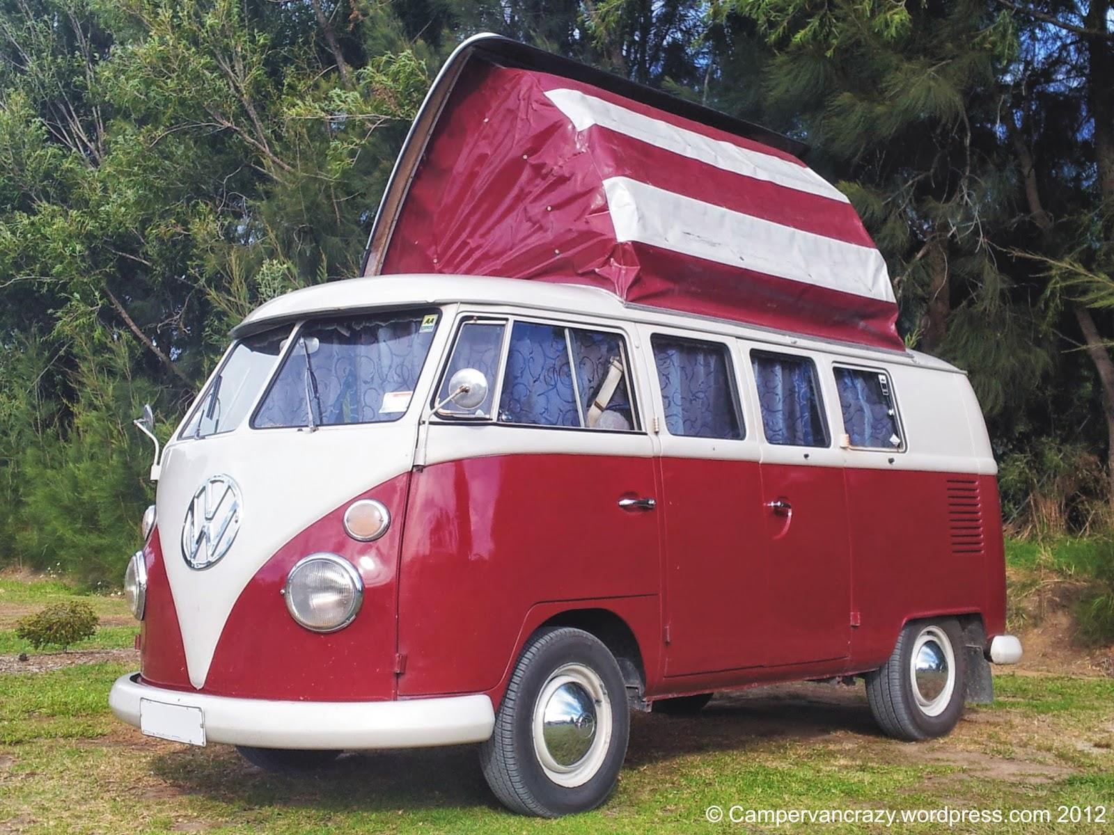 Patriotic camper VW Bus Westfalia