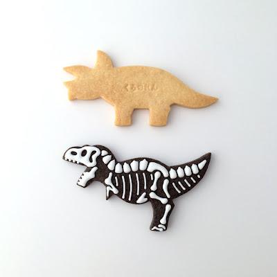 恐竜アイシングクッキー