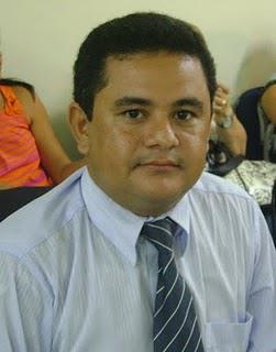 Secretário do prefeito Zenóbio expõe dificuldades de sua pasta e população sofre
