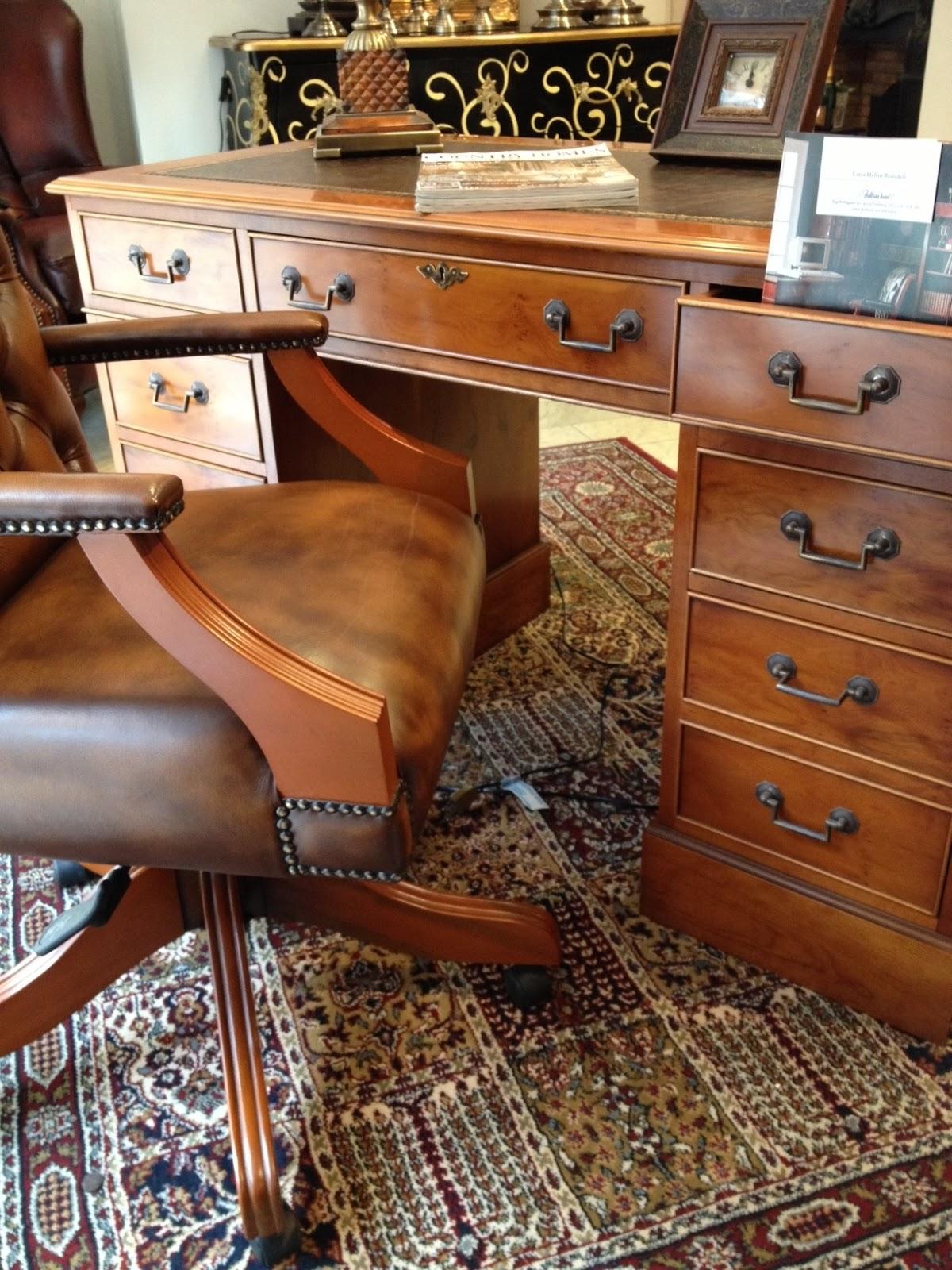 Tidlösa hem Engelska Möbler