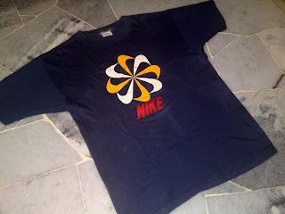 vintage Nike pinwheel