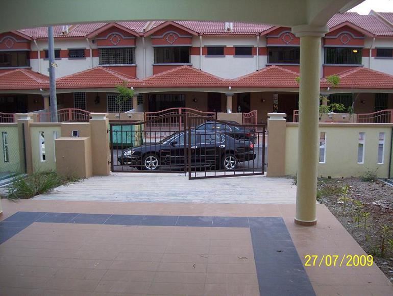 similar design car porch design in malaysia