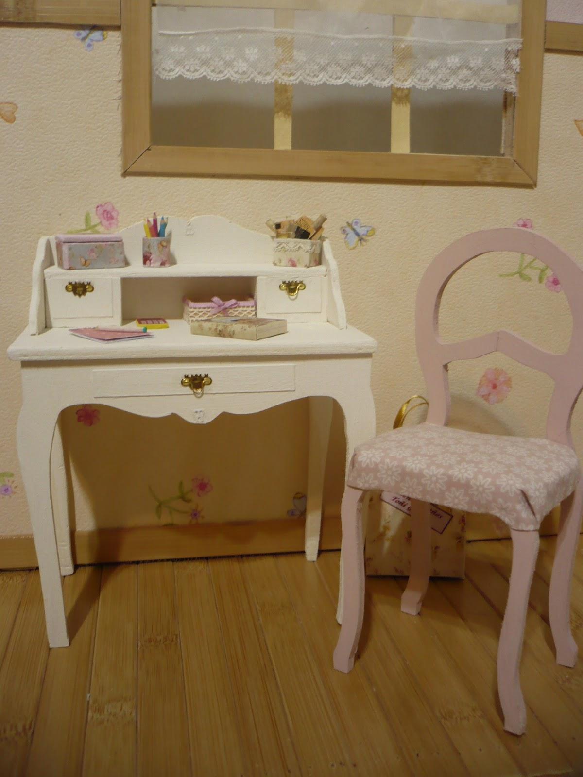 Muebles y complementos en escala 1 6 un escritorio y un tocador escala 1 6 - Muebles y complementos ...