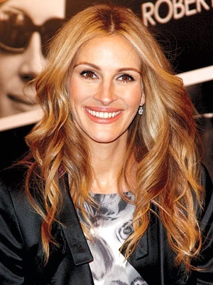 34 strawberry blonde hair color styles variations hairstylo julia roberts with strawberry blonde hair urmus Images