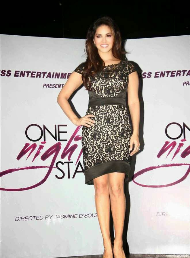 sunny leone latest wallpapers at one night stand promotion