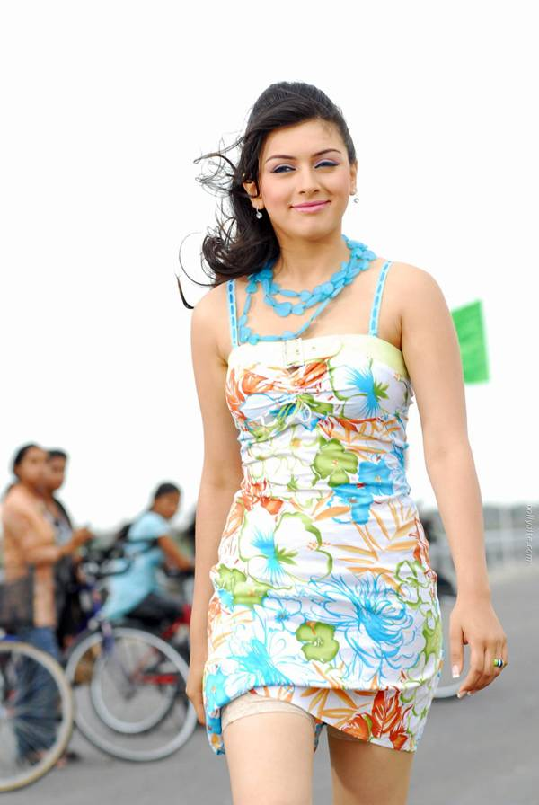 Hansika Motwani Latest Pictures-18