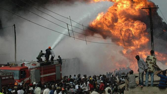 Horrible: New Year Fire Disaster Kills 7 Family Members (Photos)