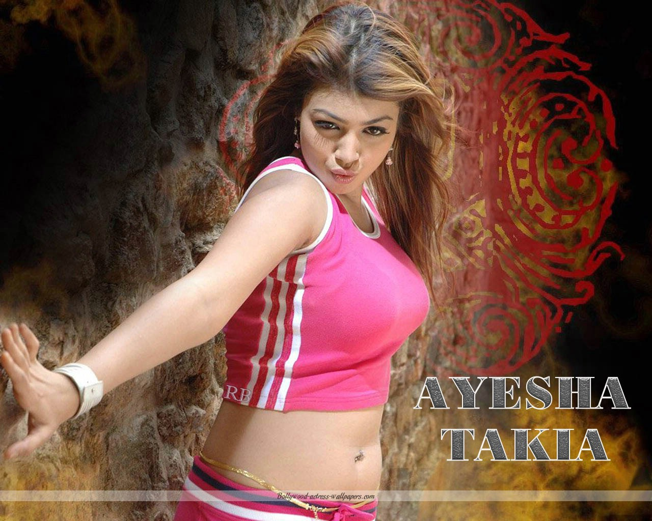 Ayesha bikini in takia captures