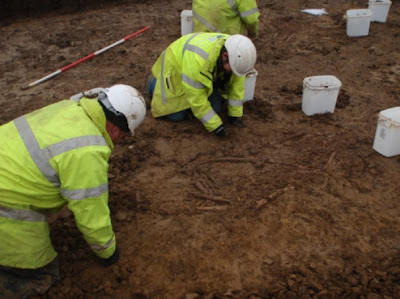 Roman burials discovered by pipeline workers