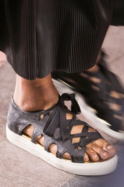 Rodebjer-elblogdepatricia-shoes-trendalert-uglyshoes-calzado-calzature-scarpe