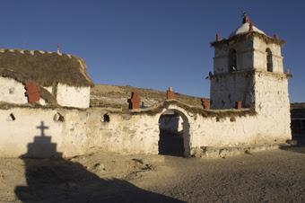 Iglesia de Parinacota, declarada monumento nacional de Chile